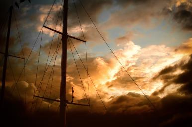 mast-983904_1920
